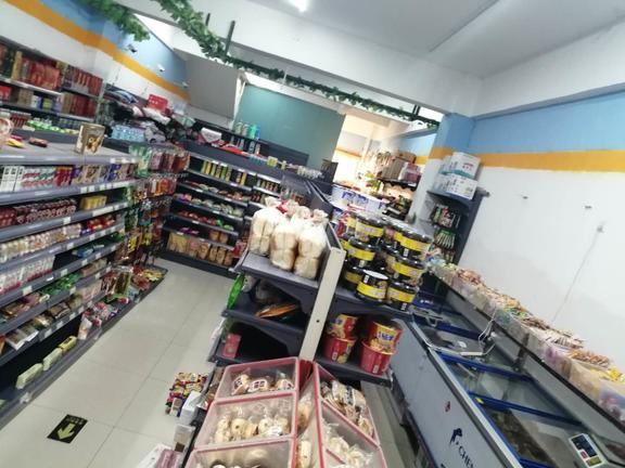 日流水5000超市转让,租金低。